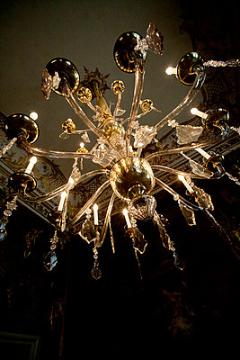 Chandelier - p979m1036163 by Andreas Pufal