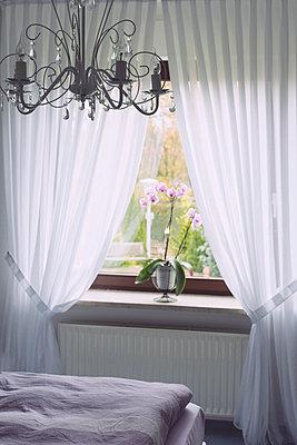 Bedroom - p946m951099 by Maren Becker