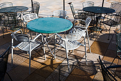 Pavement cafe at off-season - p1057m890695 by Stephen Shepherd