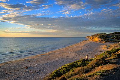 Serene beach - p1125m1042679 by jonlove