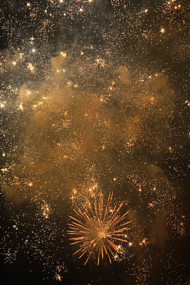View of fireworks glittering in the sky. - p442m2154325 by Mark Hunt