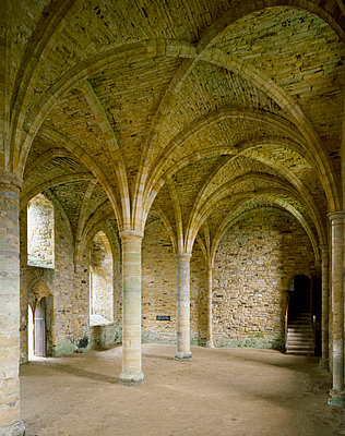 Battle Abbey. Novices Room, South end of Dorter.. - p8551696 by English Heritage photography