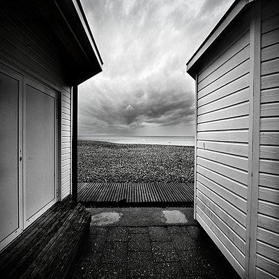 p1137m1172499 by Yann Grancher