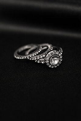 Three rings - p971m911949 by Reilika Landen