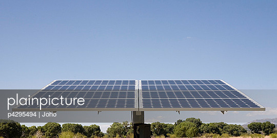 Photovoltaic panels tilted to sun - p4295494 by Joho