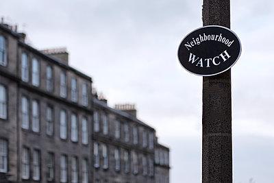 Neighbourhood Watch - p1222m1425545 von Jérome Gerull