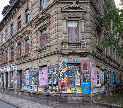 Unrestored dilapidated old building facades - p390m2149785 by Frank Herfort