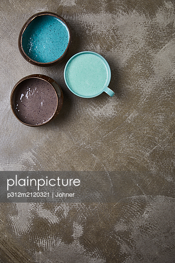 Colorful drinks - p312m2120321 by Johner