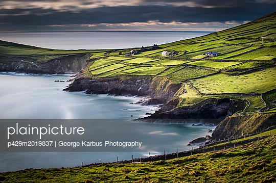 p429m2019837 von George Karbus Photography