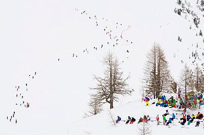 Crowded piste, Brevant ski area, Chamonix, Haute-Savoie - p871m819462 by Christian Kober