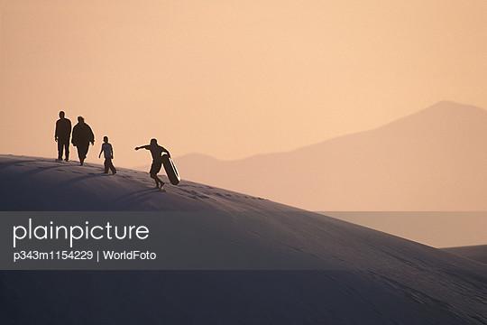 p343m1154229 von WorldFoto