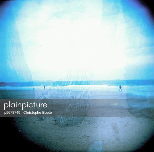 Pinhole camera - p5679748 by Christophe Boete