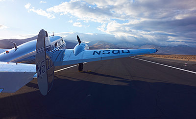 Flugzeug - p913m1572657 von LPF