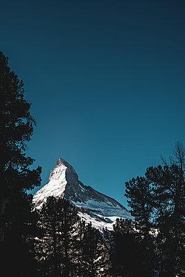 Rund um das Matterhorn - p741m2164133 von Christof Mattes