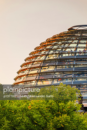 Germany, Berlin, Berlin Mitte, Reichstag Parliament Building, New dome - p1377m2105449 by Alessandro Saffo