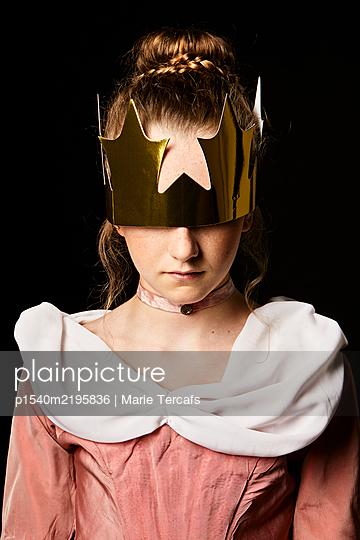 portrait of a little girl wearing an eighteenth century dress - p1540m2195836 by Marie Tercafs