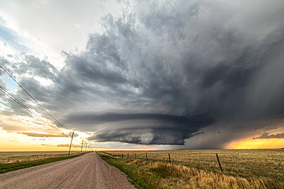 Incredible supercell spinning across Wyoming - p924m2213491 by Jessica Moore