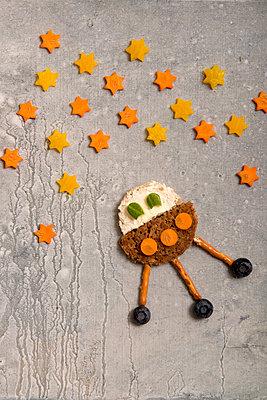 Space food - p451m919203 by Anja Weber-Decker