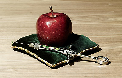Poisenous apple - p803m2270188 by Thomas Balzer