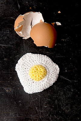Breakfast egg - p451m1060361 by Anja Weber-Decker