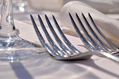 Two forks - p8850180 by Oliver Brenneisen