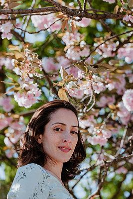 Frühlings-Romantik - p045m2027634 von Jasmin Sander