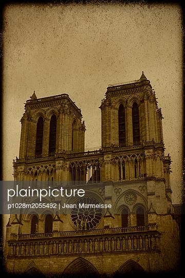 Notre Dame, Paris - p1028m2055492 by Jean Marmeisse