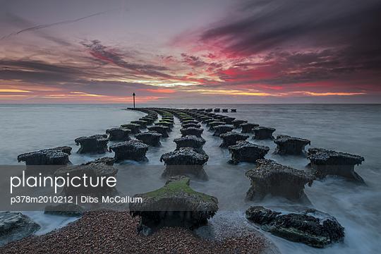 p378m2010212 von Dibs McCallum
