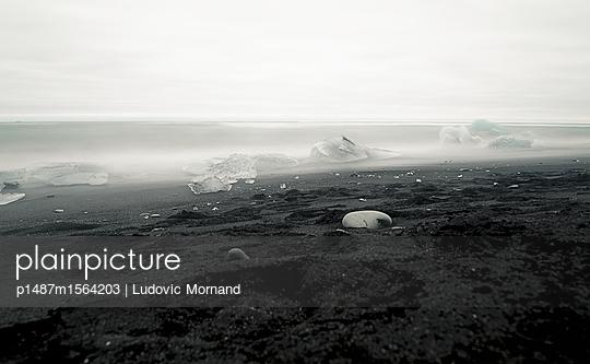 Far North #02 - p1487m1564203 by Ludovic Mornand