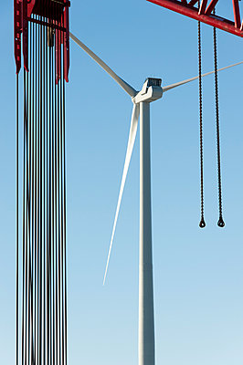 Wind turbine shortly after installation - p1079m1042407 by Ulrich Mertens