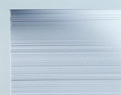 Papierstapel - p3050119 von Dirk Morla