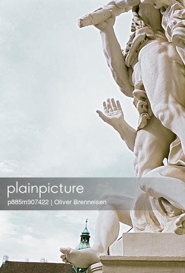 Statue - p885m907422 by Oliver Brenneisen
