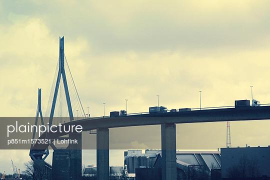 Köhlbrandbrücke Hamburg - p851m1573521 von Lohfink