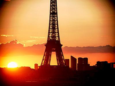 Paris, Eiffel Tower - p1654m2253680 by Alexis Bastin