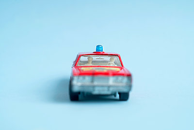Miniature car - p427m2092645 by Ralf Mohr