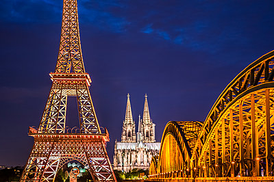Eiffel Tower in Cologne - p401m1425760 by Frank Baquet