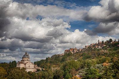 Val d'Orcia - p745m778931 von Reto Puppetti