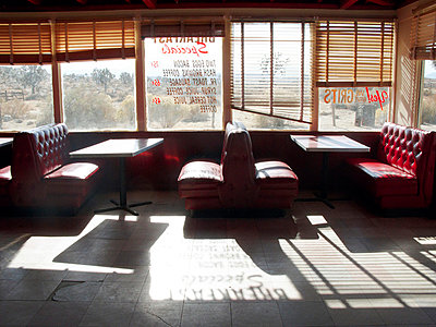 Abandoned diner in the desert of USA - p8870031 by Christian Kuhn