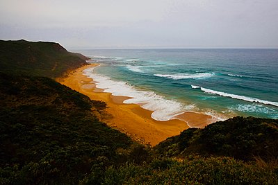 Along the Great Ocean Road - p1399m1538821 by Daniel Hischer