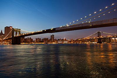 New York City - p842m1030996 von Renée Del Missier