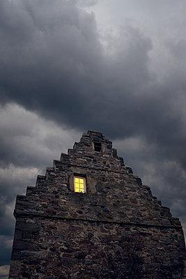 Historisches Steinhaus in Hessen - p470m2208741 von Ingrid Michel