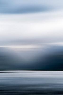 Mitternachtssonne in Norwegen - p171m1219373 von Rolau