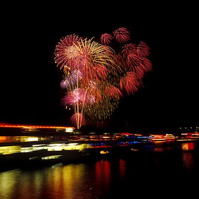 Fireworks - p2200054 by Kai Jabs
