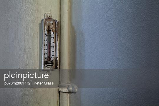 p378m2061772 von Peter Glass