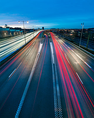 Road traffic at night - p312m1211267 by Stefan Isaksson