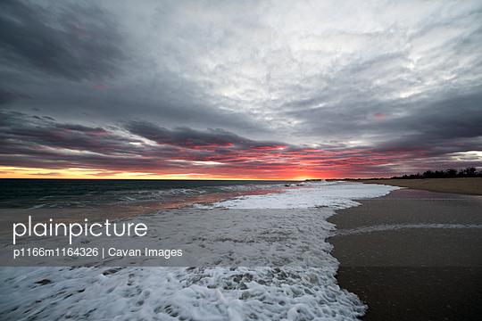 p1166m1164326 von Cavan Images