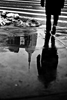 Reflection Empire - p1118m1196088 by Tarik Yaici