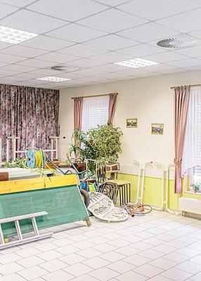 Club house as a storage room - p1085m2260251 by David Carreno Hansen