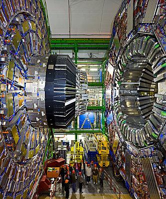 CMS detector at CERN, Geneva - p1558m2133143 by Luca Casonato