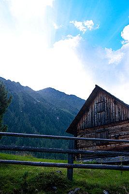 Mountain hut - p533m1068388 by Böhm Monika